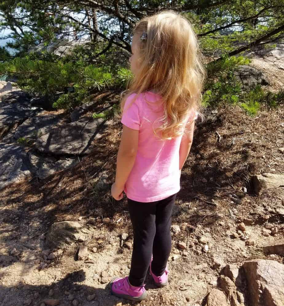 Hiking in the Springtime with your preschooler